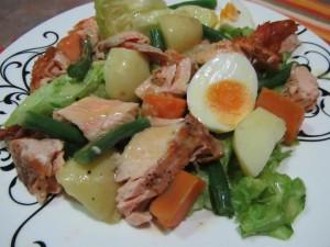 salmon-nicoise-salad