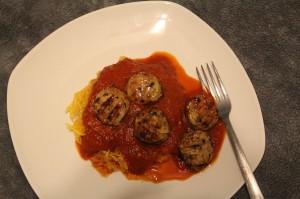 spaghetti-squash-and-meatballs-1