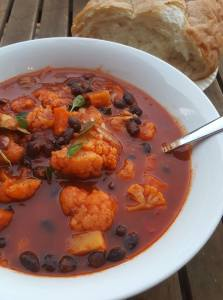 cauliflower and black beab soup