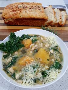 KALE AND BEAN SOUP 2