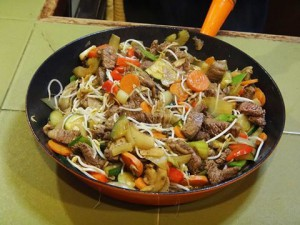 Chinese stir-fry of beef & 9 vegetables